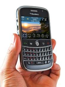 blackberry-bold-00