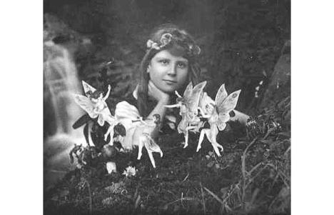 cottingley-fairies_1466870i
