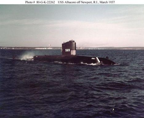 kapal selam tercepat