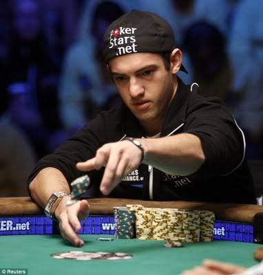 Agen Judi Poker Mania Tempatnya Belajar Dan Bermain Poker Domino Qq Dewa Judi Pemuda 21 Tahun Pemenang Judi Poker Termuda